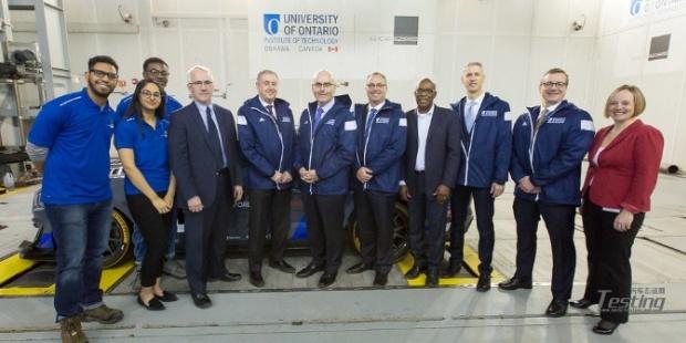 安大略理工大学推出新型移动地面飞机 引发汽车评估革命性变化