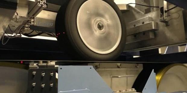 LINK最近引进Force & Motion 轮胎测试系统
