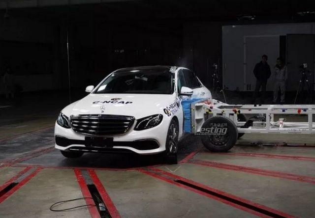 最新C-NCAP评测出炉 领克01竟以0.7分的优势力压奔驰E300L?