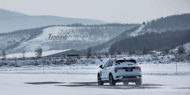 领克01零下40度极限测试 堪比性能车的SUV