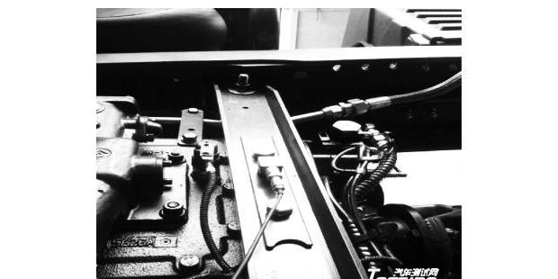某商用车变速器抖动问题改进研究
