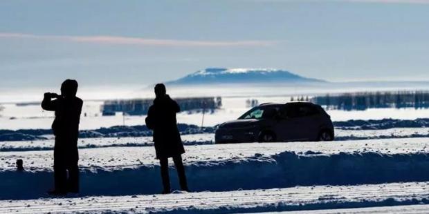 纯电动、燃料电池车在阿尔耶普卢格测试基地进行北极凌寒测试