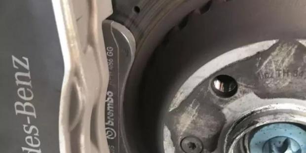 刹车盘片在高温下的性能指标会如何变化