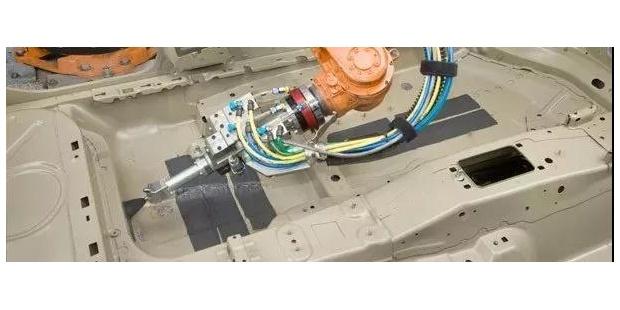 汽车用阻尼材料:粘弹阻尼材料和高阻尼涂料