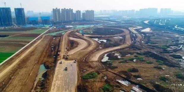 襄阳汽车试验场扩建项目进入路面水稳层施工阶段