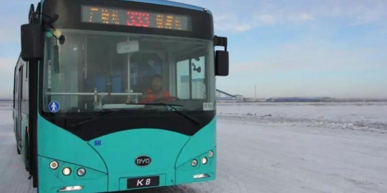 谁说纯电动车怕冷?这辆电动客车无畏零下50℃极寒征战海拉尔
