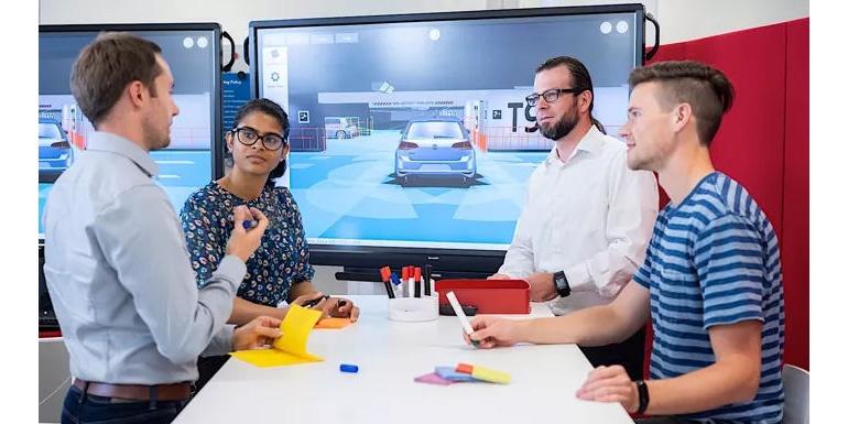 大众利用VR测试驾驶员辅助系统 第一辆自动驾驶汽车ID将于明年上市