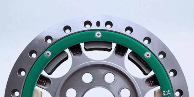 GreenMot 为发动机测试开发定制系统
