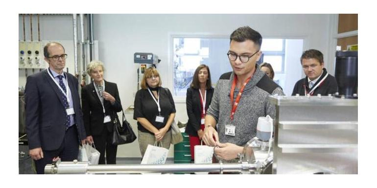 曼彻斯特燃料电池创新中心在英国开业