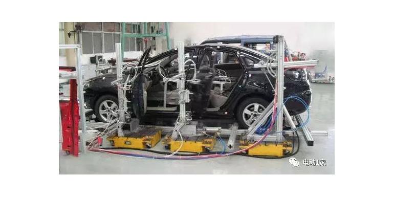 电动汽车NVH测试之汽车刚度试验