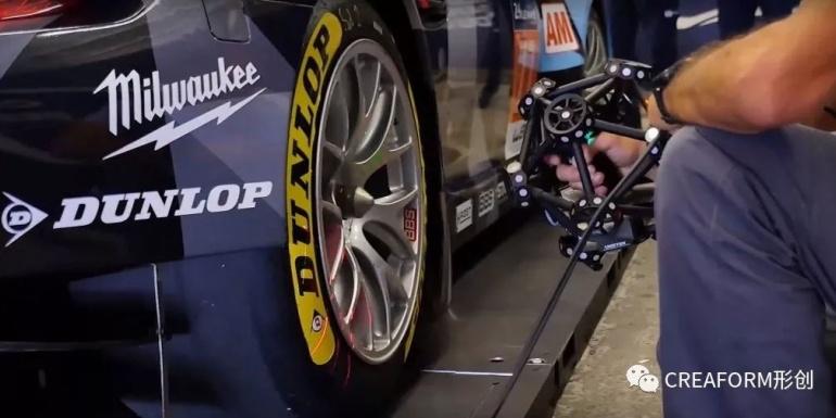 勒芒 24 小时耐力赛与赛车专用 3D 系统