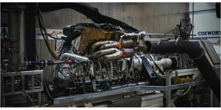 阿斯顿马丁揭示了其新款V12发动机的开发细节