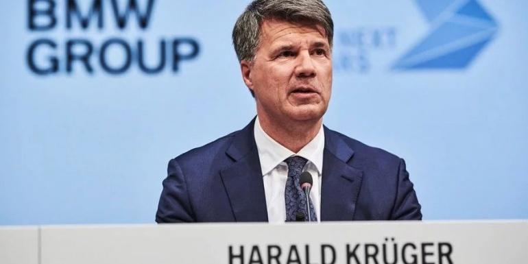 德国车企总管统一意见:电动车和混动车