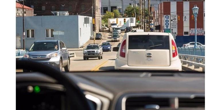 通用自动驾驶技术有新进展:24小时内完成1400次无保护左转