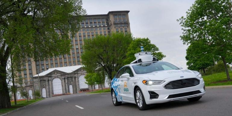 """福特第三代自动驾驶公开道路测试,机器学习软件充当""""大脑"""""""