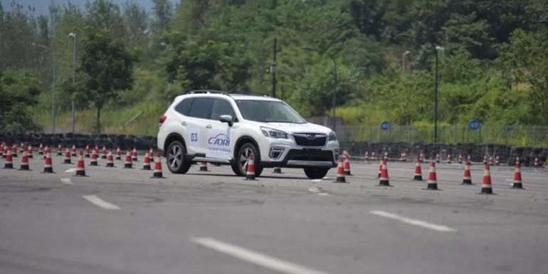 中国消费者汽车驾乘指数第一期消费者驾评结果报告 (驾驶性能篇)