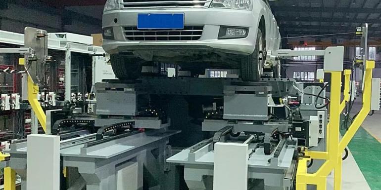 重庆凯瑞悬架K&C性能试验台成功下线