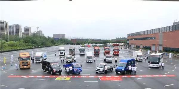 """专为用户打造!""""玲珑轮胎"""" 2020中国商用车年度车型测试重庆开幕!"""